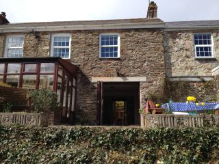 Beautiful Farmhouse for beach/country holiday, Perranporth