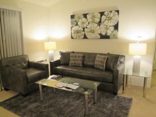 1BR Lux Furnished Silicon Valley Apt. + Pool!, Santa Clara