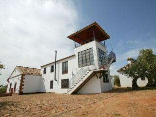 Casa rural con las comodidades de una casa moderna. En un paraje incomparable y cerca de Córdoba