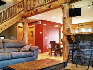 New listing! Relax in style at Moose Lodge, Wisconsin Dells