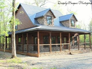 Doe Run Lodge-In Hochatown, Near Broken Bow Lake