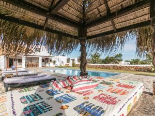 Can Skye Love, amazing true style Ibiza villa, Sant Carles de Peralta