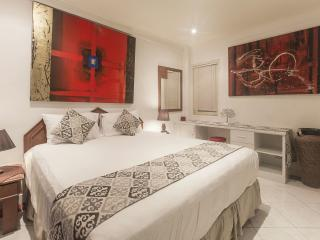 MODERN RED 2bdr Apartment in Legian Beach