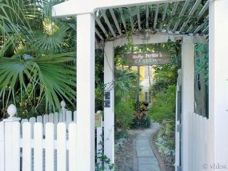 Butterfly Garden ~ Monthly Rental