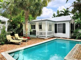 Vintage Luxury Cottage ~ Weekly Rental, Key West