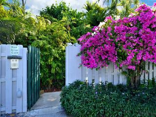 Tropical Sun Garden Retreat ~ Monthly Rental, Key West
