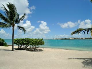 Ultimate Key West Beach House - Sunset Key ~ VIP ~ Monthly Rental
