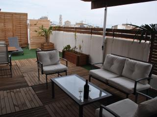 """ CACHITO "" BEAU PENTHOUSE AVEC TERRASSE, Figueres"