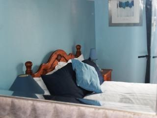 The Blue Room, Killaloe