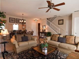 Homestead Birch - 3br, Private Pool, FREE Waterpark Access, 24-hr Guest Service