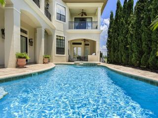 Legends Tower - 5br, Game Room, Theater, Pvt Pool/Spa, FREE Waterpark Access