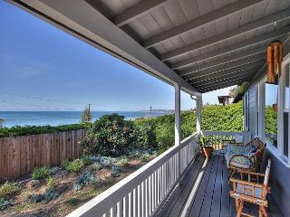 Summerland Ocean-View Cottage