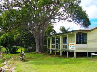 Bay Breeze Holiday House Amity Stradbroke Island