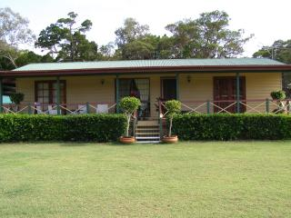 Cedarleigh Holiday House Amity Stradbroke Island