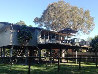 Flinders Beach House Holiday House Amity Stradbroke Island