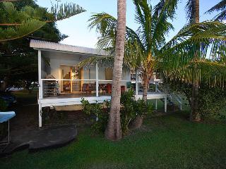 Sunset Palms Holiday House Amity Stradbroke Island