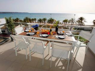 A16 Luxury 1st Sealine Flat, Palma de Mallorca