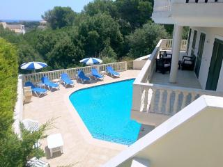 Luxury Villa,Tranquil, Private Pool & Sea Views., Port d'Addaia