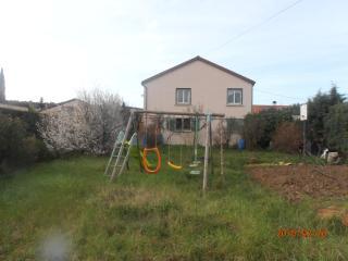 1er etage de maison avec jardin et terrasse