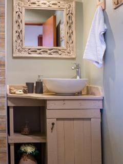 Avra Apartments, Sirokos, bathroom