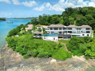Oceanfront Super Villa !, Cape Panwa