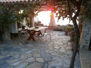 My little cottage by the beach, Afitos