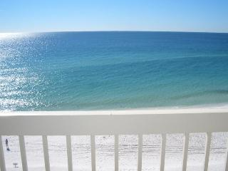 Beautiful Destin Beachfront Condo Overlooking Gulf