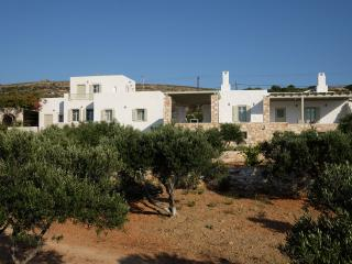 Paros☺Naoussa☺Stylish country house☺Calm ☺sea view next to everything day/night