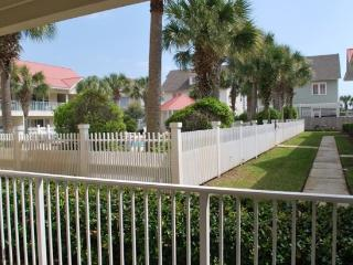 The Charm of Seagrove - Beautiful 2 Bedroom 2 Bath