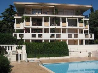STUDIO 15 mn  walk from Palais des Festival CANNES, Mougins