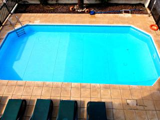Coral Bay - Prime Beach Location - Private Pool, Paphos