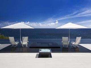 Villa Lucullan, Charlotte Amalie