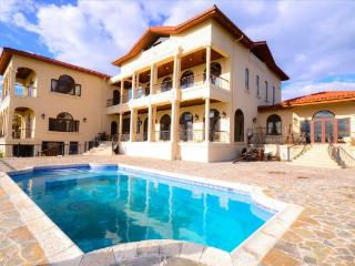 Villa Italiano, Paradise Island