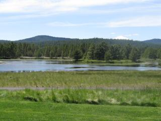 Quelah Condo 105 - Best Lake Aspen View, Sunriver