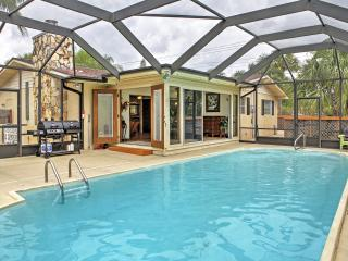 Jensen Beach House w/ Private Screened-In Pool!
