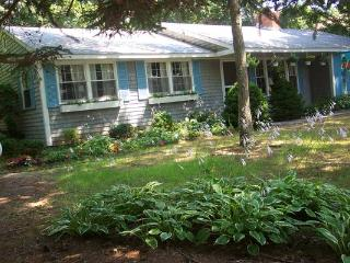 GreatLocation/NearOcean/PoolAvailable/6-25to7-2, Falmouth