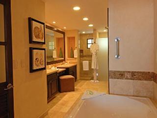 Garza Blanca Resort Ocean front Suite, Puerto Vallarta