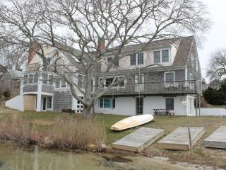 Spacious Waterfront with Private Beach, Eastham