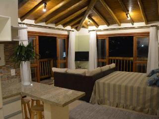 Apartamento tipo Loft  Praia do Pereque Ilhabela
