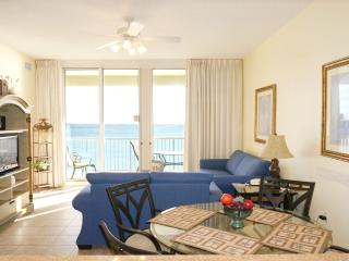 Beach Front - 3 Bedroom with Great Gulf View, Fort Walton Beach