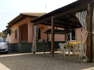 Syracuse beautiful quiet Villa 200m from the beach