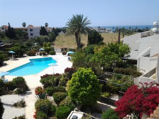 Pipers Retreat, walking distance to sea., Paphos
