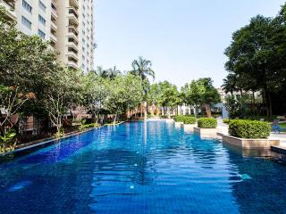 Summer Stay - 3 Bedroom Condo in Damansara Perdana