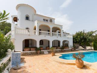 Casa Covetelles - VILLA - with TENNIS COURT & POOL, Javea
