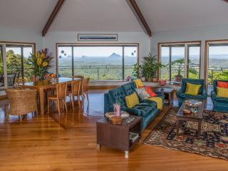 Braeside Bed and Breakfast King Suites 1, Maleny