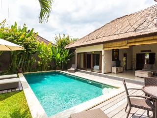 3BR - CHARMING VILLA AT ECHO BEACH, Canggu