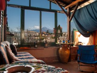 Penthouse on Etna, Mascalucia
