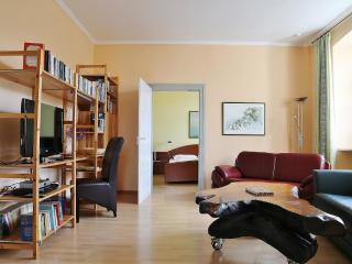 Vacation Apartment in Bamberg - 807 sqft, spacious, near heart of town, quiet