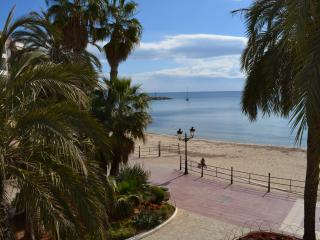 Beautiful apartment in front the beach, Santa Eulalia del Rio