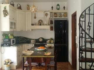 Casa singola con giardino a pochi passi dal mare, Barcellona Pozzo di Gotto